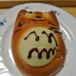 パン工房Epi  - トトロ