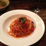 チャオビーノ - シンプルなトマトのパスタ