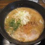 ちゃぶ屋 とんこつ らぁ麺 - とんこつらーめんクラシック 730円