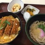うちだ屋 - カツ丼とミニうどんのセット(812円)