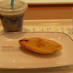 29946150 - 豆乳黒ゴマバナナジュースとスイートポテト