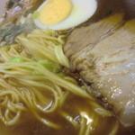 又一 - ストレート麺、チャーシュー