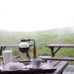 コロボックルヒュッテ - チーズケーキ、珈琲、高原牛乳