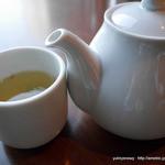 チタ チタ - 白茶 白牡丹(ホット)