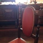 プチ珈琲館 - プチ珈琲館 椅子