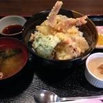 わたや - 海老と野菜の天丼