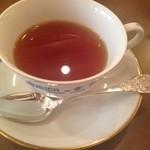 ティーハウスムジカ - 濃く淹れた紅茶をミルクで