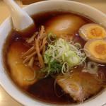 29964420 - 醤油チャーシュー麺 900円
