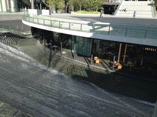 エノテカ・ミレ  - 滝の上から見たお店