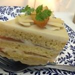 フォレスト・マム - 2014.08 ヴィーガンクリーム(仮称)を使った桃のショートケーキ