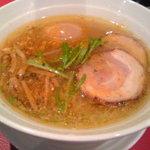 黄金の塩らぁ麺 Ayumi  - でたっ黄金らぁ麺!