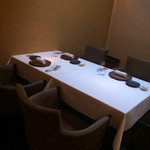 アルヴェアーレ - テーブル席