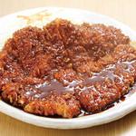 矢場とん - 料理写真:わらじとんかつ