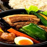 SAI - 【豚角煮】 当店の人気上位の角煮はじっくり時間をかけて煮ていますので やわらかいです。