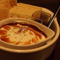 カクテルバー SunBridge - こだわりのチーズやサンドイッチ等サイドメニューも充実。