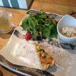 カフェ ポーズ - 日替わりランチの前菜 1210円(税抜き)