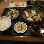 食楽漁師村 - 刺身定食1350円