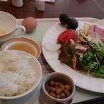 30001630 - ☆充実のサラダ&ハム&チーズ&大粒納豆☆
