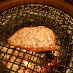 牛ざんまい - 焼いたステーキ