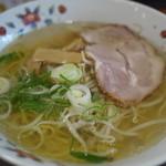 元祖はこだてラーメン おんじき庭本 - 料理写真: