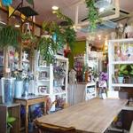 風花家 - フラワーショップ併設のカフェ。