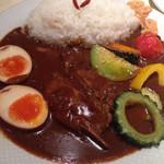 SPICE DINING biji  - 薬膳カレーのハバネロ辛口、トッピング全部のせです。