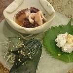 30013902 - 昼のコースの前菜(茄子の炊いたの・カニ味噌のムース・蛸の柔らか煮)