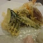 30013929 - 昼のコースの天ぷら(茄子・ししとう・かぼちゃ・紫芋・しいたけ・海老)