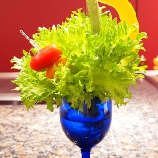 収穫しながら楽しめる、もぎ取りサラダ