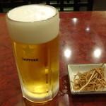 名代そば吉  - 生ビール:580円