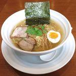 みつか - 料理写真:塩ラーメン(750円)