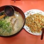 竹家ラーメン - Bセット 味噌ラーメン+半ヤキメシ 850円