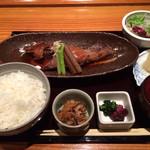 Onzoushikiyoyasutei - ランチ 鮮魚煮付け定食