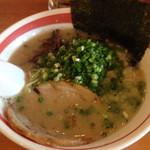 光・MENJI - 豚骨ラーメン+ねぎトッピング650円