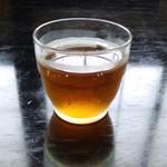 そば処 武山 - ドリンク写真:お茶(2014.7月)
