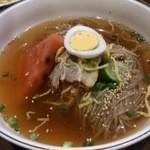 春香苑 - ・冷麺定食 1200円 + 中冷麺に変更 105円