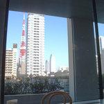 カフェ・ワン - 店内から見える、東京タワーの画像です