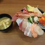 30050121 - 特上海鮮丼1058円