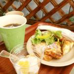 マビッシュ - 料理写真:2014年夏季限定モーニングセット500円(写真のドリンクはアイスコーヒー)