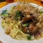 アヤパニ - あさりと青菜の塩やきそば(1200円)
