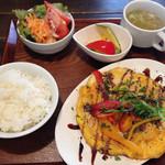 ソプラッチリア - 道産鶏むね肉のピカタ定食 800円