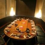 名古屋めし居酒屋てしごと家 - 円卓個室がお奨めです。