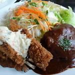洋食家 アルハンブラ - サービスランチの、ハンバーグ&白身魚フライ(2014,6)