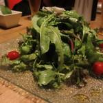 マウシ アザブ - グリーンサラダ!これがおいいしい。たっぷりでうれしい。