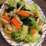 スクンビットソイ39 - 野菜のオイスターソース炒め