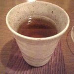 ウナ・カメラ・リーベラ - この日は寒かったので店員さんがサービスでほうじ茶をだしてくれました☆