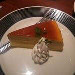 HANA  - ベイクドチーズケーキ@680円