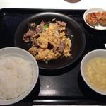 30062083 - 豚肉と木耳のふわふわ卵炒めランチ
