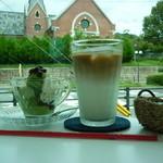 ぱんだかふぇ - アイスカフェラテと抹茶ジェラート