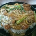 そば処 稲穂 - 料理写真:カツ丼680円